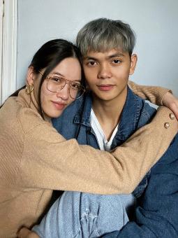 Hak Couple