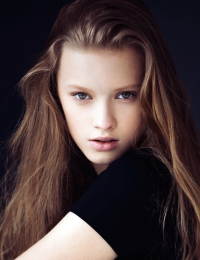 Zoe F.