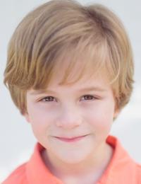 Lucas B.