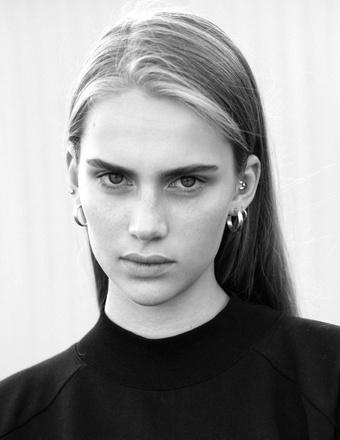 Kelly Kaldra | Women