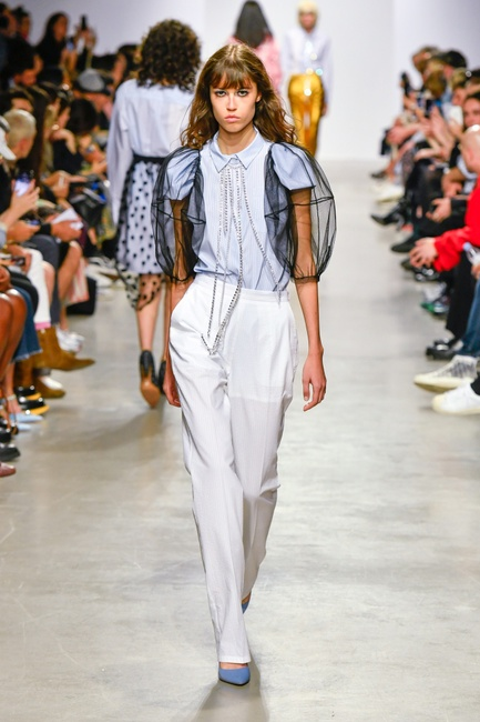 Lutz Huelle Spring/Summer 2020 fashion show in Paris
