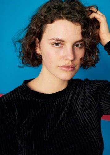 Lina Florine | Women | Bridge Models