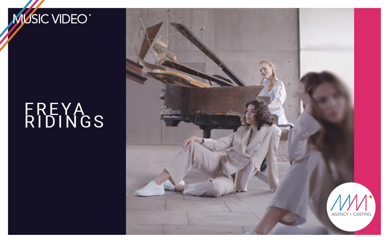#musicvideo | 'Castles' - Freya Ridings x Kode Media