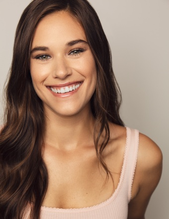 Chloe Carabasi | Women - Lifestyle