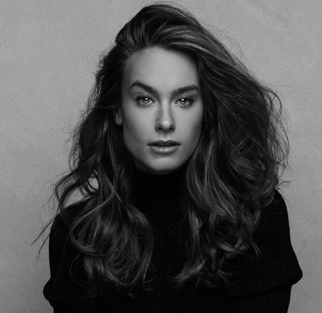 Danielle Klein - Vidal represented by The Tabb Agency