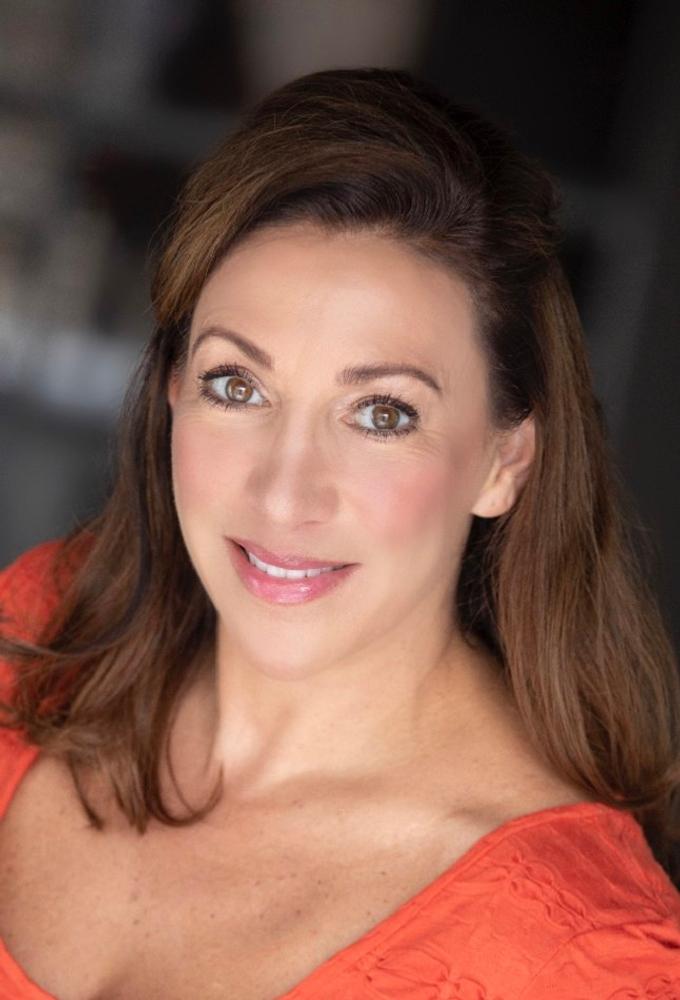 Elizabeth Dickerson represented by The Tabb Agency