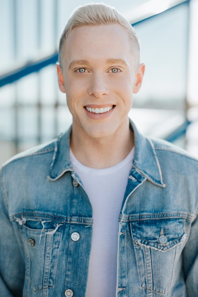 Jason Parks represented by The Tabb Agency