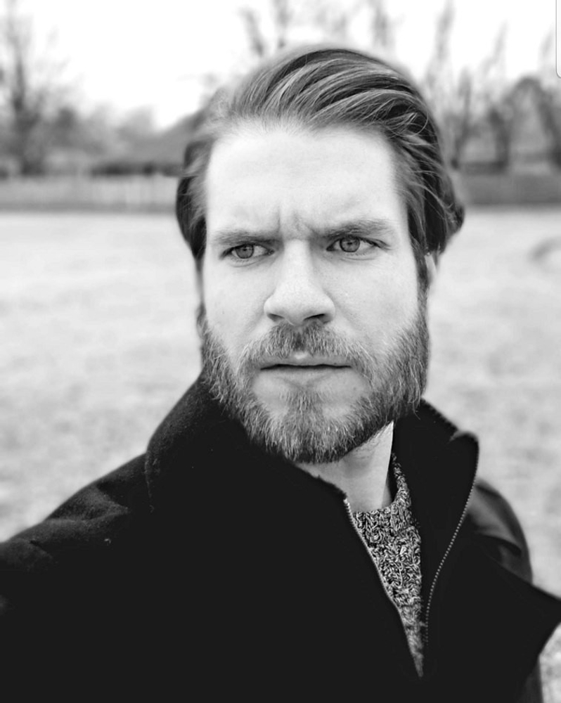 Jonathan Dale Moore represented by The Tabb Agency