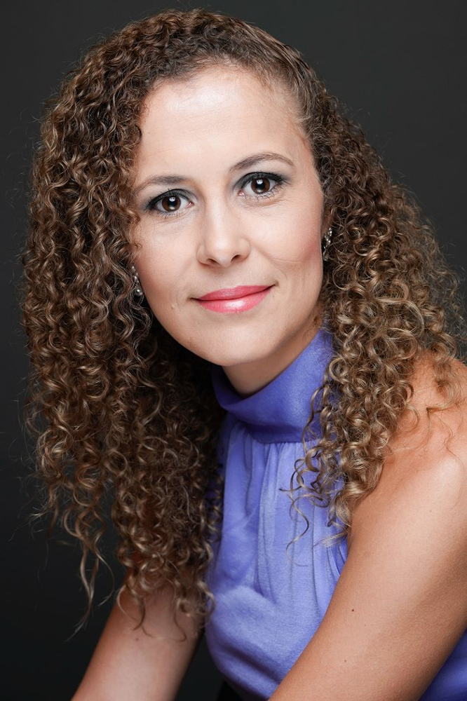 Juliene de Oliveira represented by The Tabb Agency