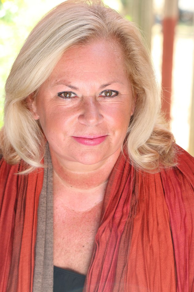 Lorrie Chilcoat represented by The Tabb Agency