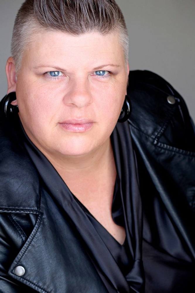 Victoria Lee represented by The Tabb Agency